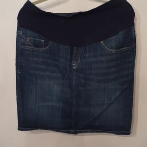 Maternity jean skirt size 8